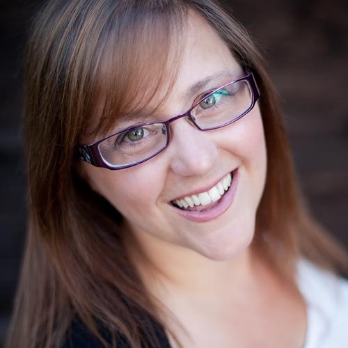 Naomi Johnson LinkedIn Profile Expert